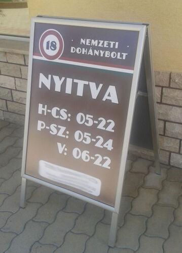 nemzeti dohánybolt megállító táblája