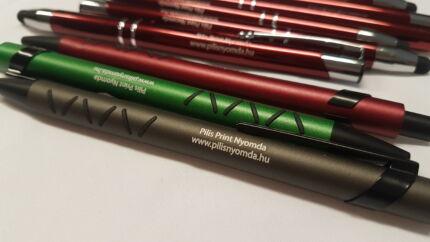 Logózott barna, zöld, bordó tollak
