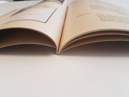 Könyvszerű katalógus