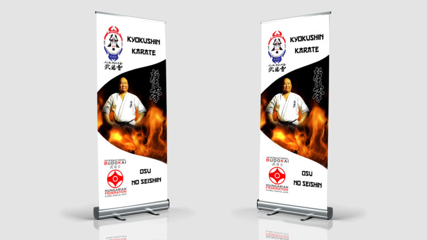 két darabb roll up, amin karates kép van, diákolimpiára készült